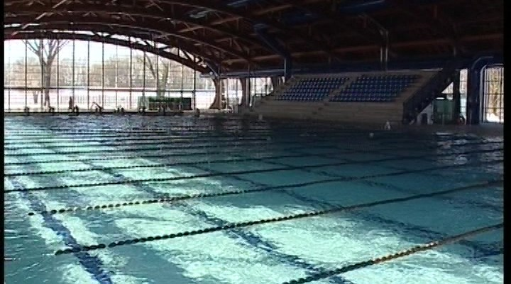 Cremona piscina ai privati martedi si decide telecolor - Piscina rivarolo ...