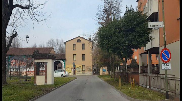Cremona Centro Sociale Kavarna Aggressione A Un Giornalista Telecolor