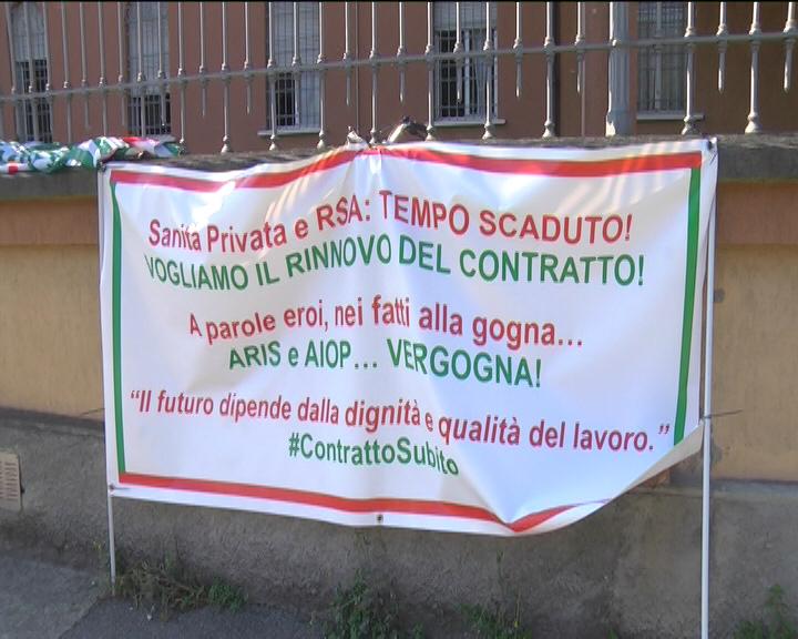 Cremona, Sanità Privata: striscione contro Aiop e Aris